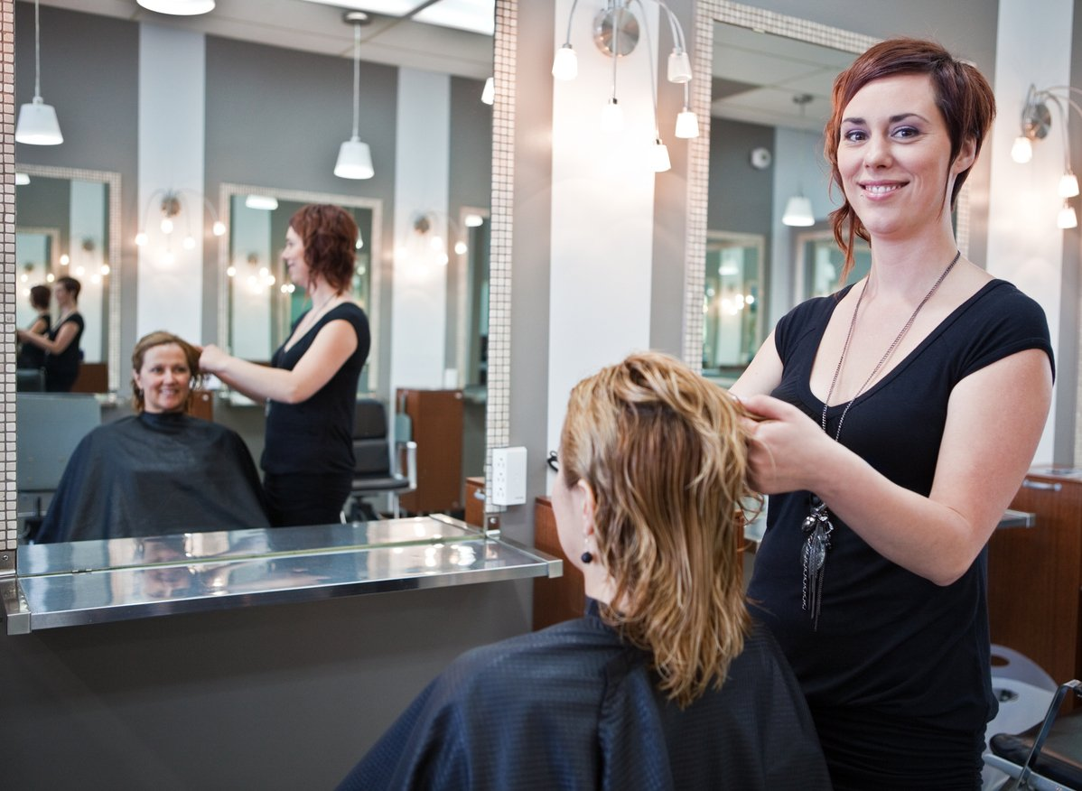Southport Hair salon for sale, Gold Coast in Queensland