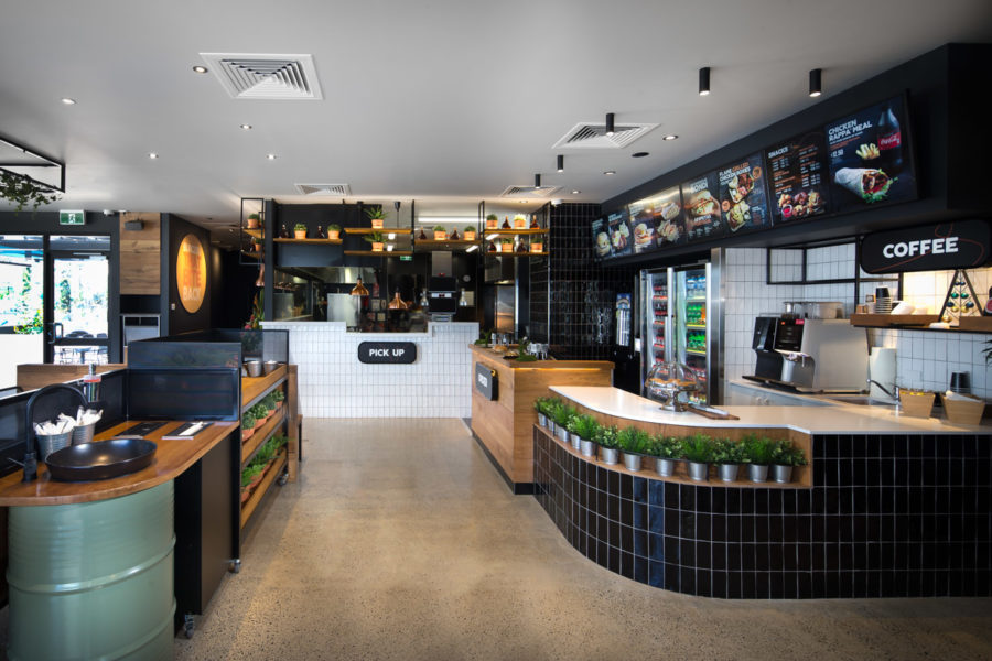 **NEW** Oporto opening at Warners Bay