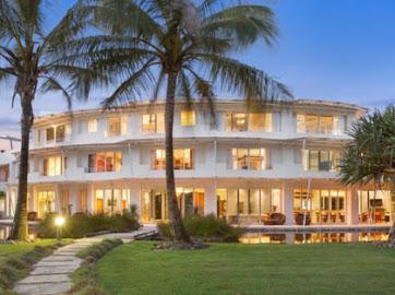 Casurina Oceans Resort - Prime Beach Front Property
