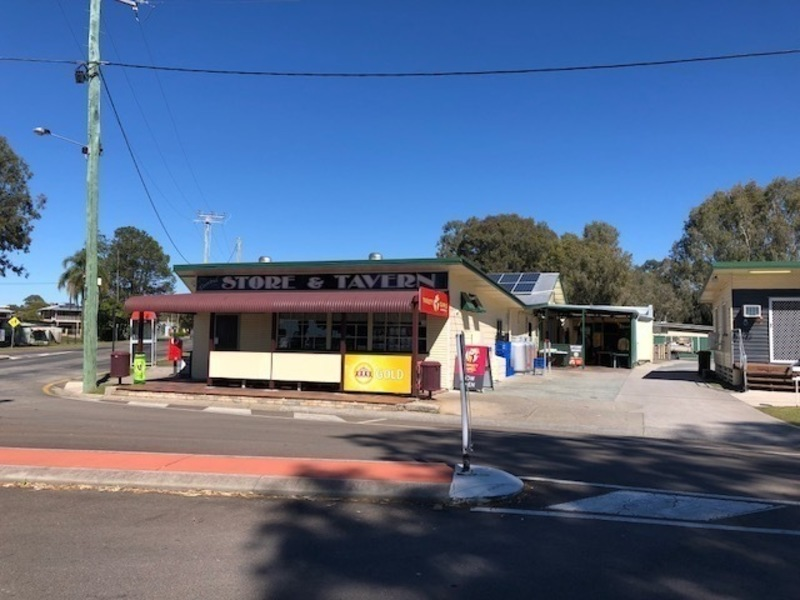 Pub Convenience Store Residence Freehold