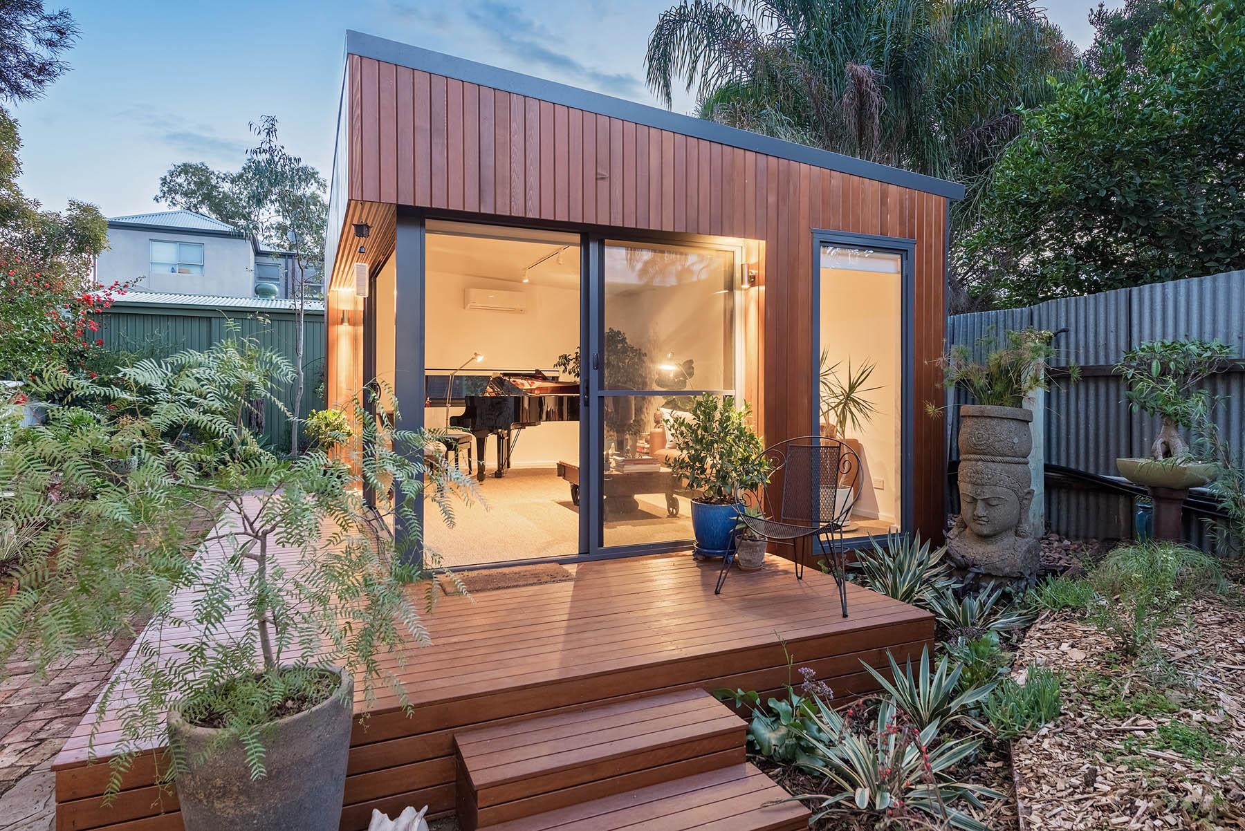 Carpenter, Landscaper, Builder? Modern Prefab Modular Outdoor Rooms Opportunity
