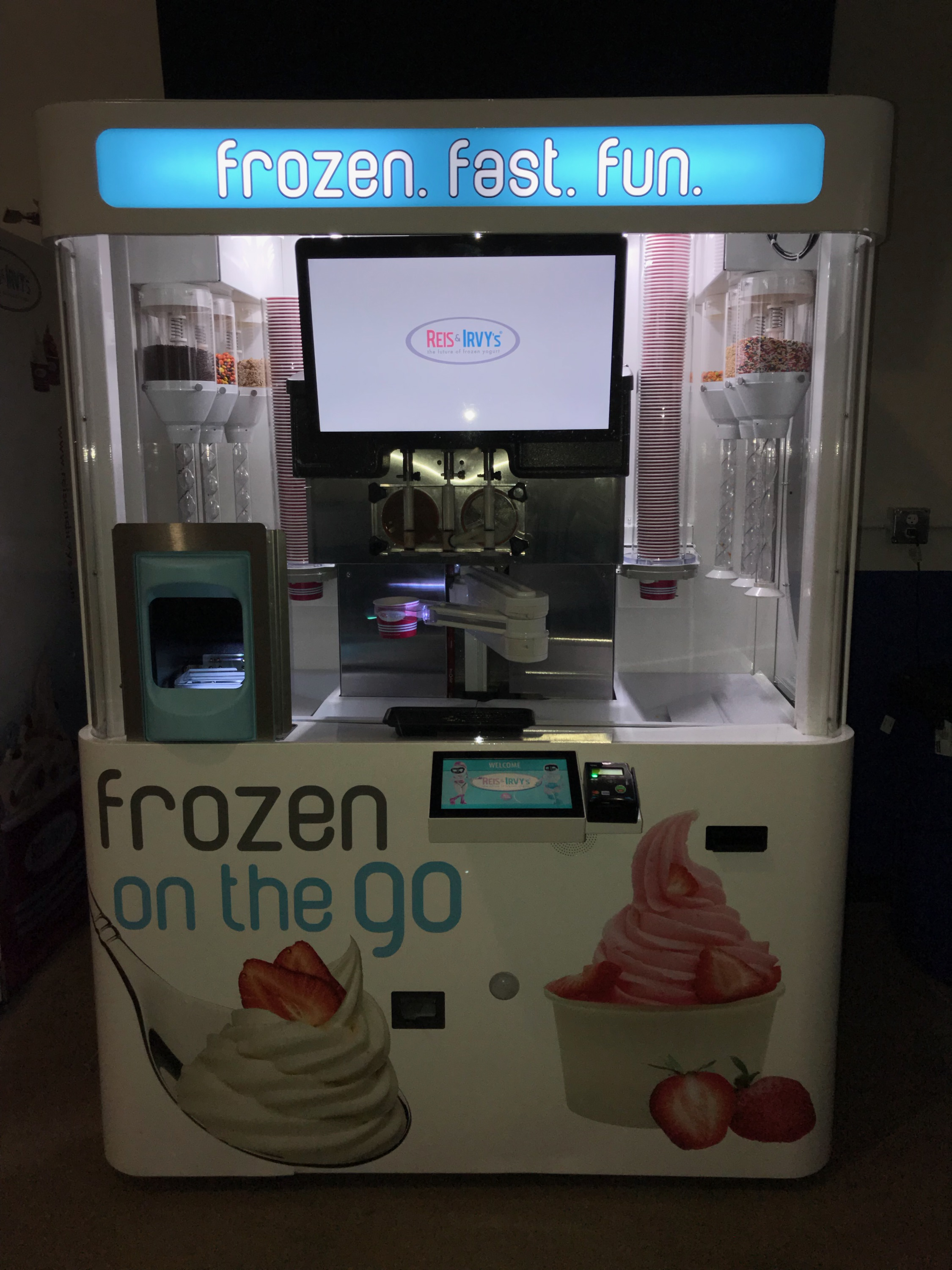 Robots Serving Frozen Yogurt Franchise - No Employees! High Margins! Hands Off!