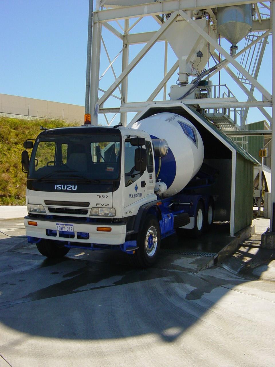 Concrete Agitator Truck