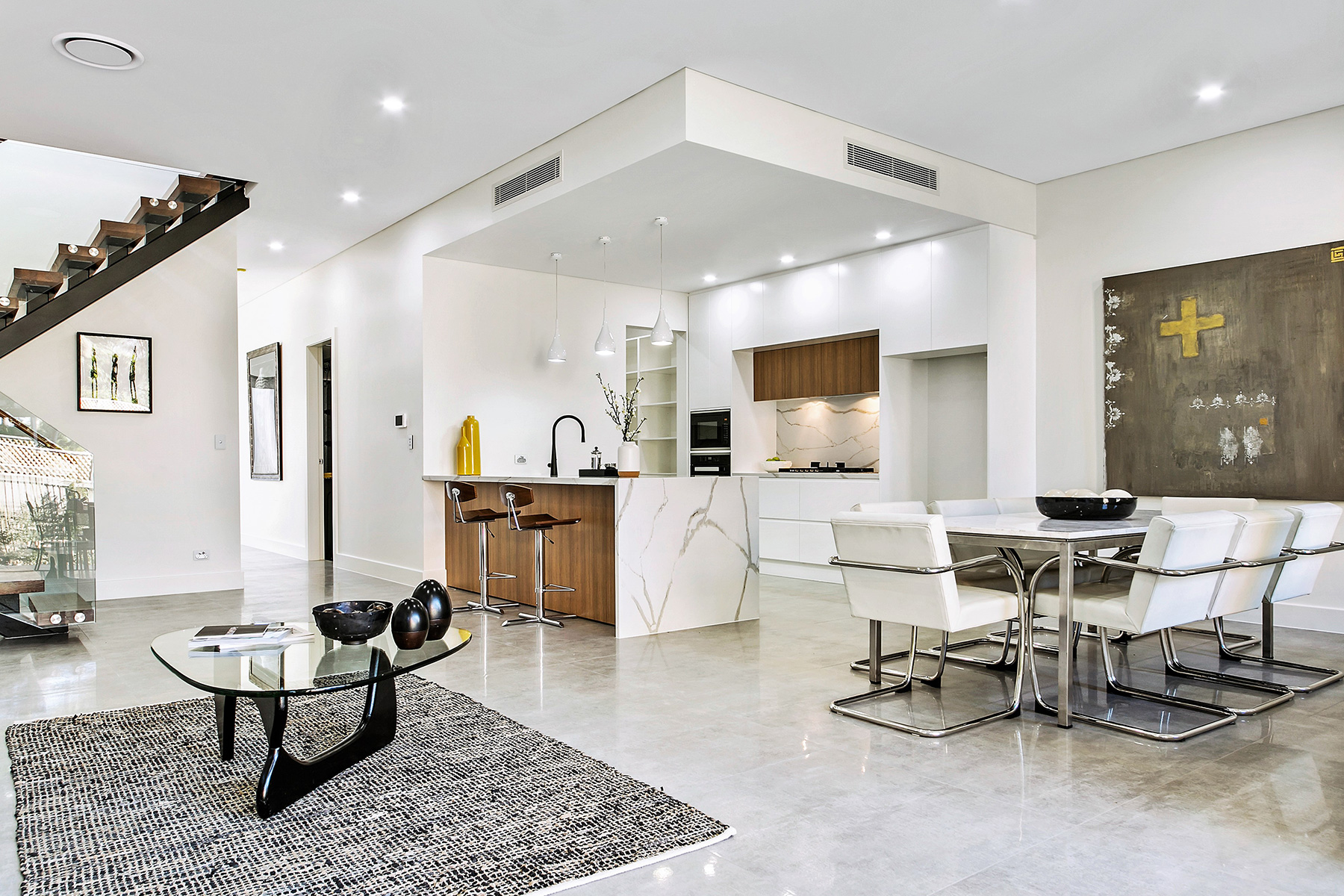 LEADING PROPERTY / INTERIOR STYLING BUSINESS FOR SALE
