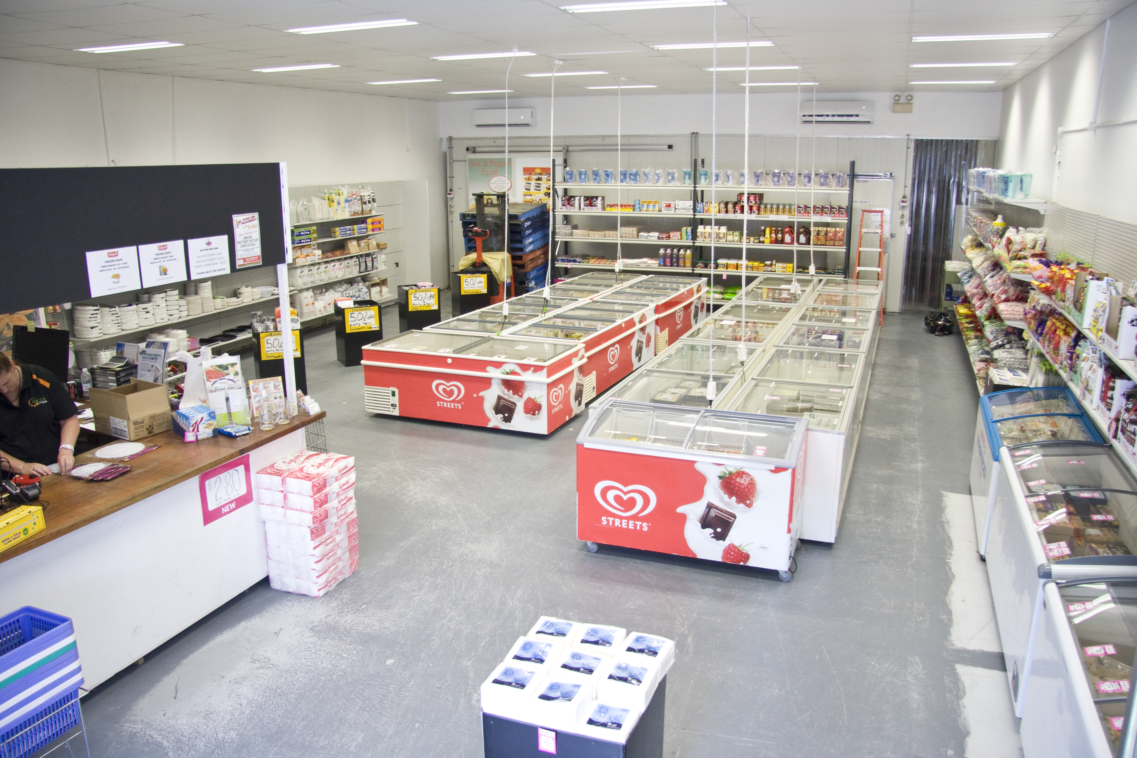 Frozen Food and Party Shop/Wholesale Food and Packaging Opportunity