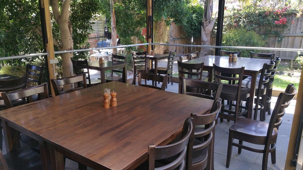 Licensed Café for Sale near University