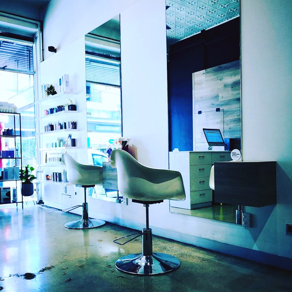 Modern Sleek Salon in the heart of South Yarra Business For Sale