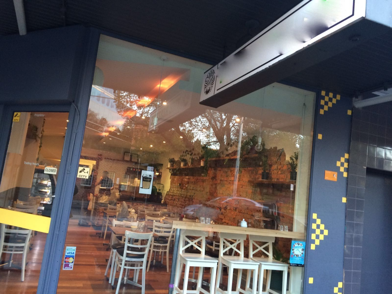 5 Day Cafe Business For Sale with Excellent Location