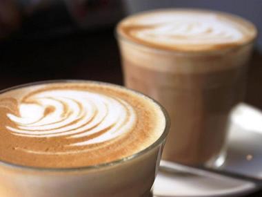 COFFEE LOUNGE - $780,000 (13095)