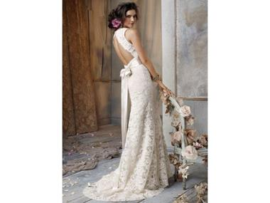 WEDDING / BRIDAL SHOP - $89,000 plus stock (12329)