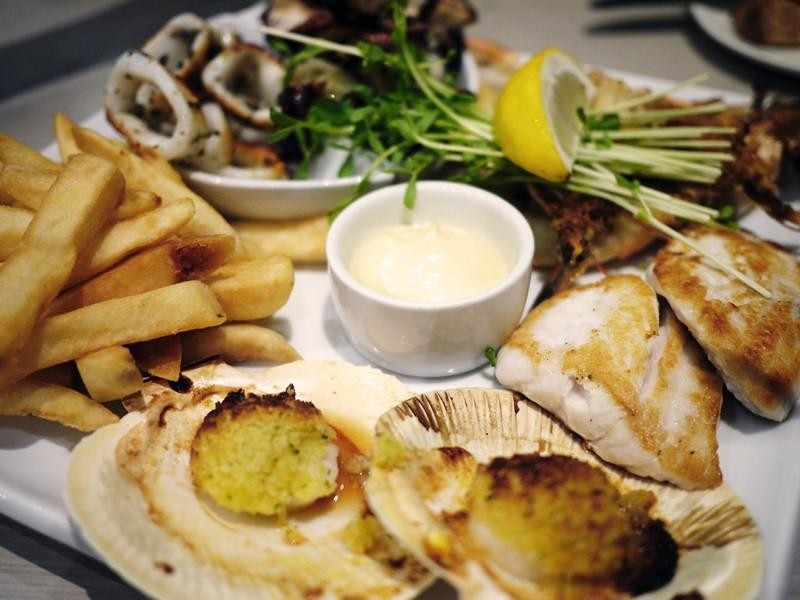 FISH & CHIPS / CAFE $125,000 (14483)