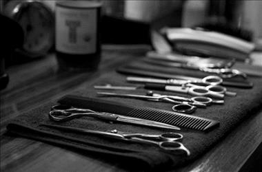 Barber with 60 years of Tradition - Lease at a $1100 per week!  - Queanbeyan