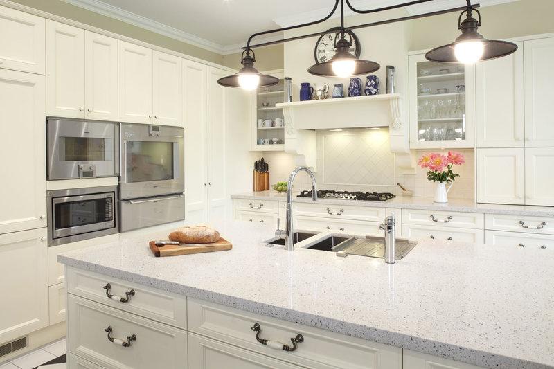 Kitchen Sales  T/O  $2.2 mill UNDER MANAGEMENT  Ref 4065
