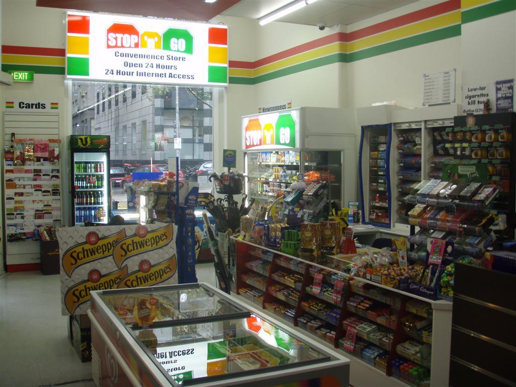 Stop 'n' Go Convenience shop - William st CBD RW1058