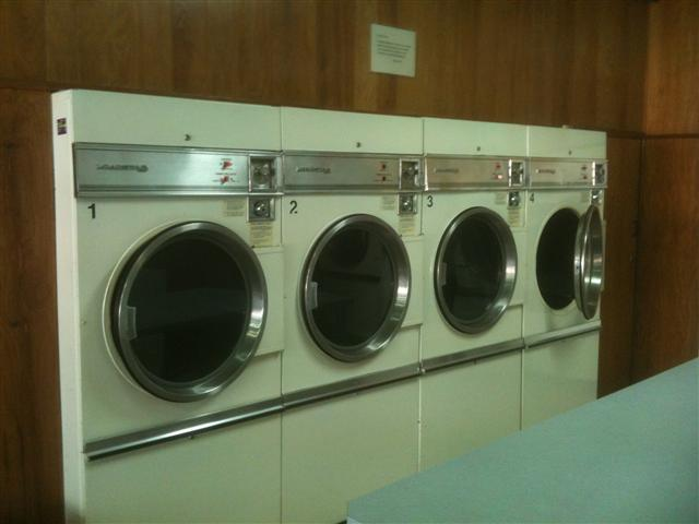 sold-laundrette-coin-laundry-full-self-service-heathmont-melbourne-ph1613-4