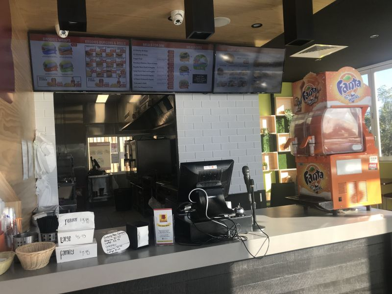 Brodies Chicken & Burgers Ipswich Drive Thru FOR SALE! $249,000 + SAV