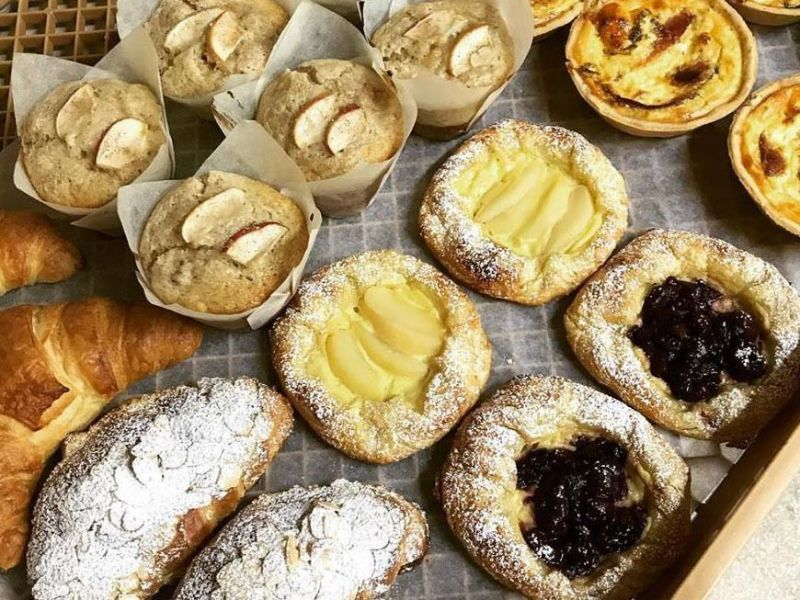 FAMILY BAKERY, STRONG RETAIL SALES AND GROWING WHOLESALE BUSINESS
