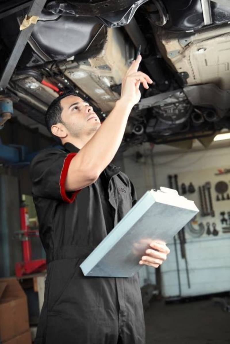 Auto Service Centre Woolloongabba FOR SALE! Ideal For Mechanics! 149K + SAV