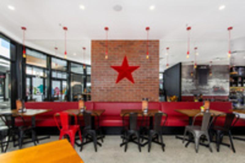 Great Location! PALMERSTON GATEWAY New Stellarossa Cafe