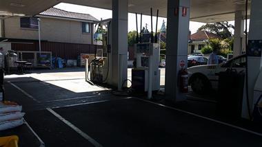 Ref: 2019, Petrol Station, West