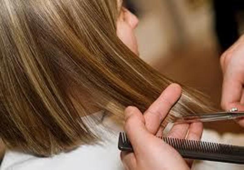 Hair and Beauty Salon Near Collingwood - Ref: 19610