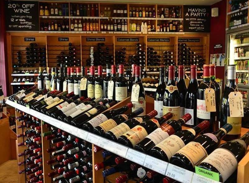 Bottle Shop in Inner Melbourne (6 days!) - Ref: 14610