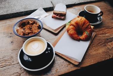 Cafe in Mornington- Ref: 15212