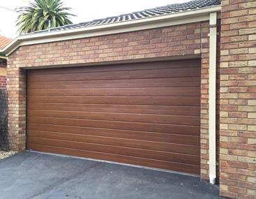 Roller Door Installation and Servicing (DWC103)