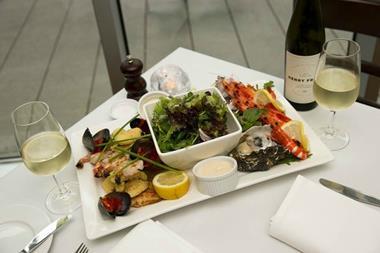 Licensed Rest / Cafe Bar Docklands (JGRE56)