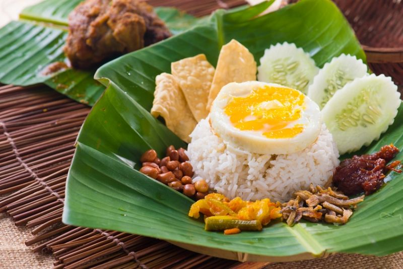 Asian Restaurant Tkg $19000 pw*Darwin*Secure lease*$300k(1802222)