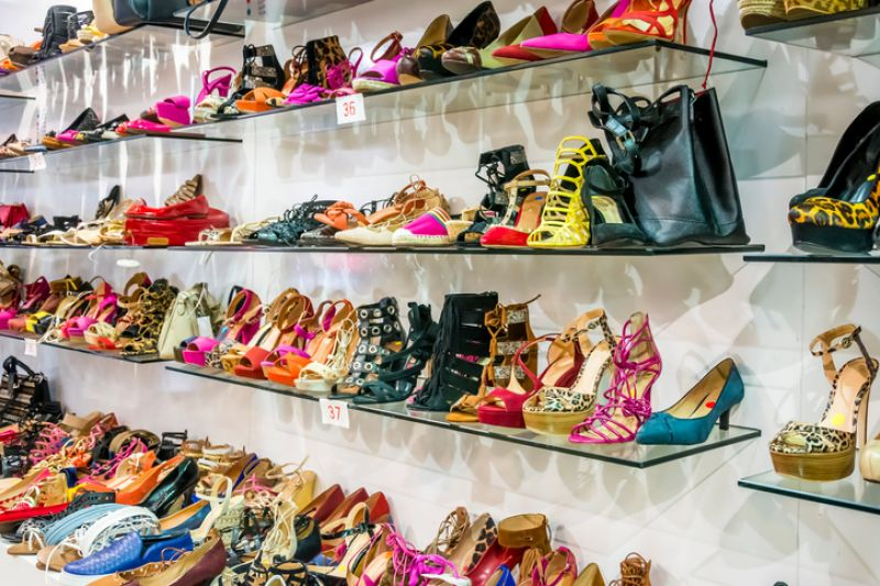 Shoe Shop Tkg $4,000+ pw*Brighton*Cheap Rent*Estd 22 years*POA(1808231)