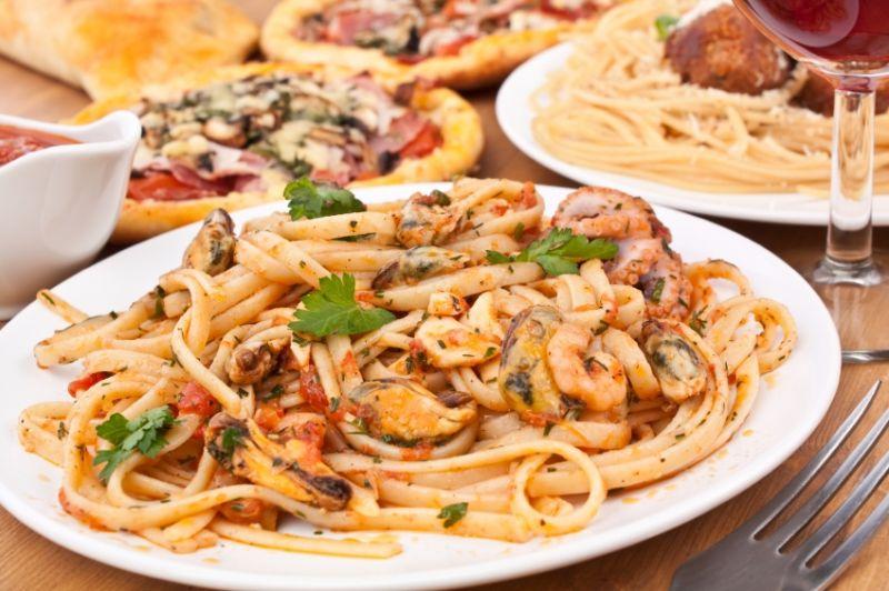 Pizza & Pasta Tkg 5000+ pw*Waverley area*Low Rent*Bargain$69k(1802012)
