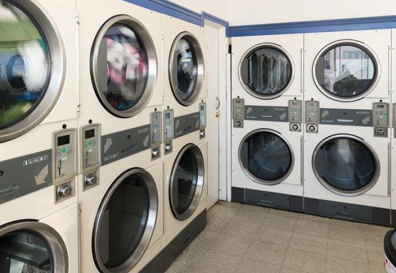 Coin Laundry Tkg $1300 pw*Narre Warren South*Cheap Rent*Bargain $130k(1807221)