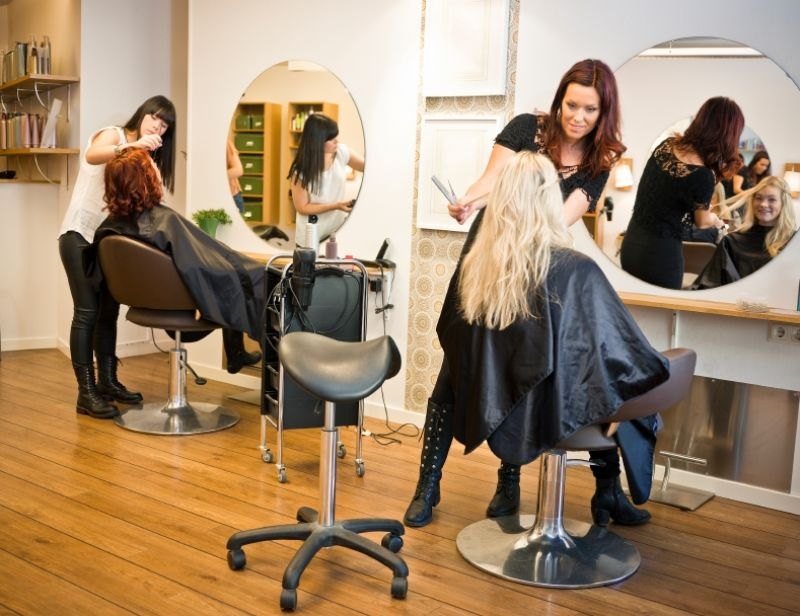 Hair Salon Tkg 6000 pw*Bentleigh*5.5 days*low Rent*Under $150k(1802121)