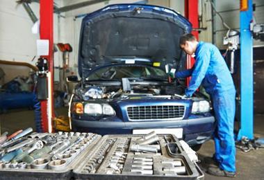 Mechanic Shop* Tkg $2000+pa*Cheltenham*Rent $375 pw Bargain $40k(1704212)