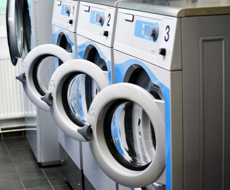 Coin Laundry Tkg $1000 pw*South East*Cheap Rent $192pw*Bargain $85k(1807121)