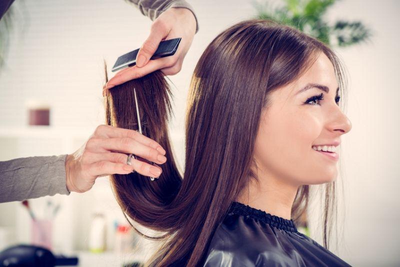 Hair Salon Tkg 6000 pw*Bentleigh*5.5 days*low Rent*Under $150k(1802121)