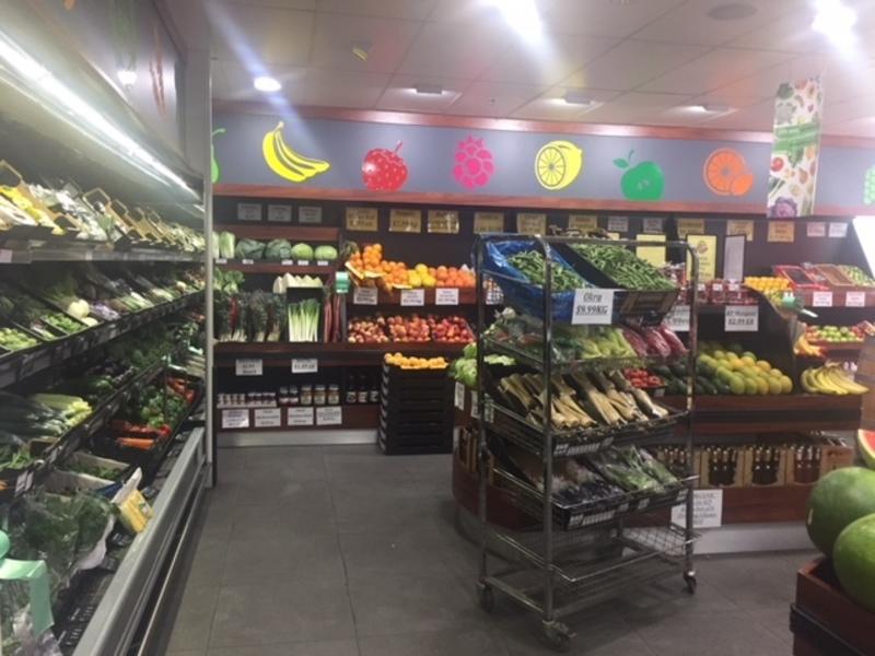 Fruit/Veg  Market  (Ref 5610)