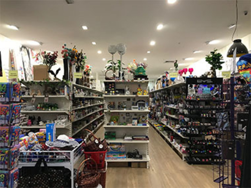 Home & Gift Store 'Roxburgh Park S/Centre'   (Only $28,000 Plus SAV) Call Ray 04