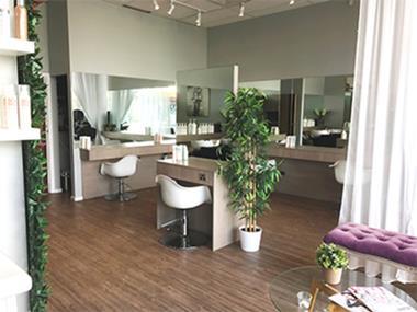 Hair & Beauty Salon 'Mernda' Call Marie 0488 011 728 (Ref 5443)