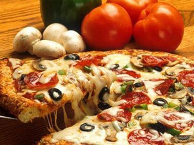 Pizza / Pasta  'Sunshine West' Call Mim 0488 036 190  (Ref 5448)
