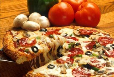 Restaurant / Takeaway Pizza & Pasta 'Torquay' Call Marleine 0488 055 467 (Ref 52