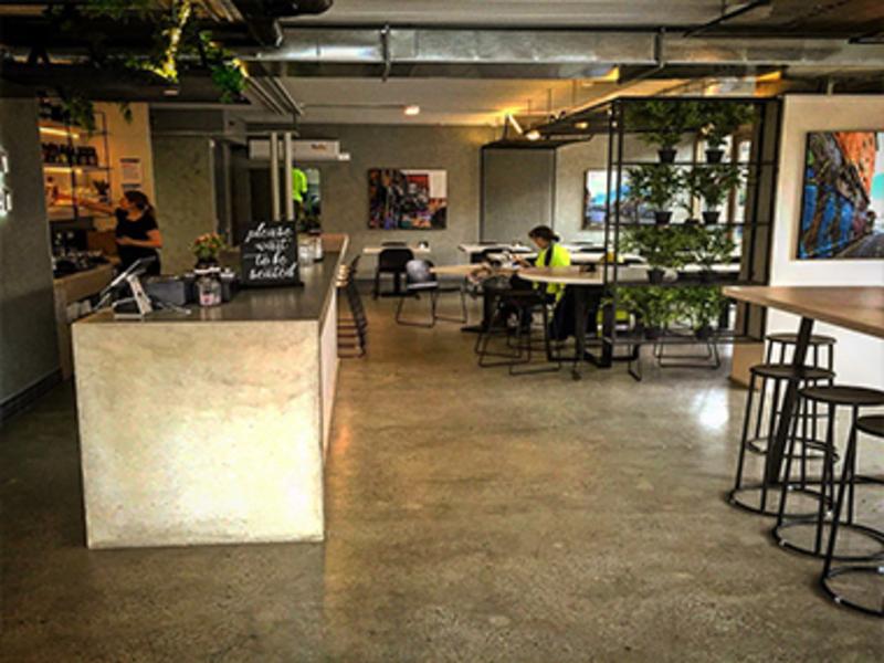 Business Opportunity Cafe / Bar / Restaurant    ($45,000)  (Ref 5832)