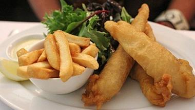 Fish & Chips 'Airport West' Call Tom S 0487 006 630 (Ref 5107)