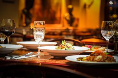 (4313) Cafe Bar Restaurant - New Listing - Rare Opportunity