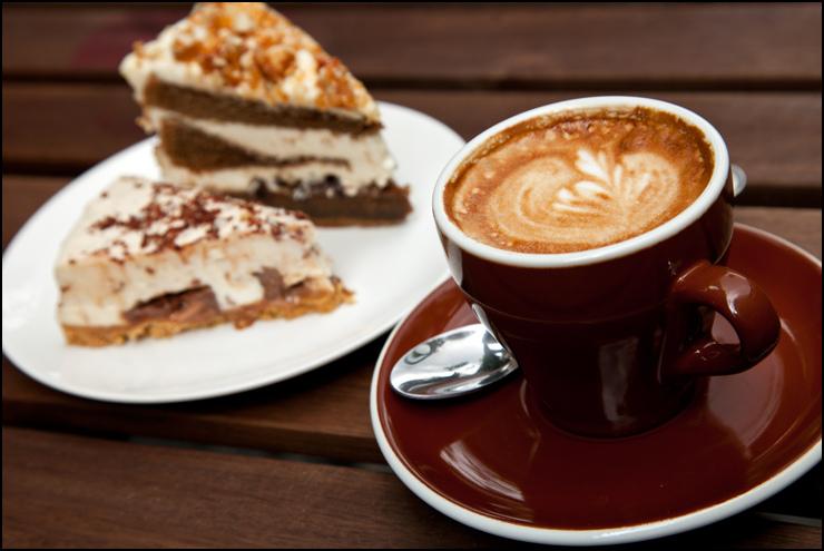(4331) Cafe Newtown Corner position 6 days p.w