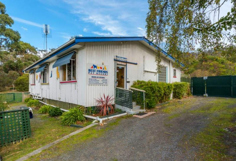 acton-park-best-friends-pet-resort-lifestyle-property-with-income-stream-our-8