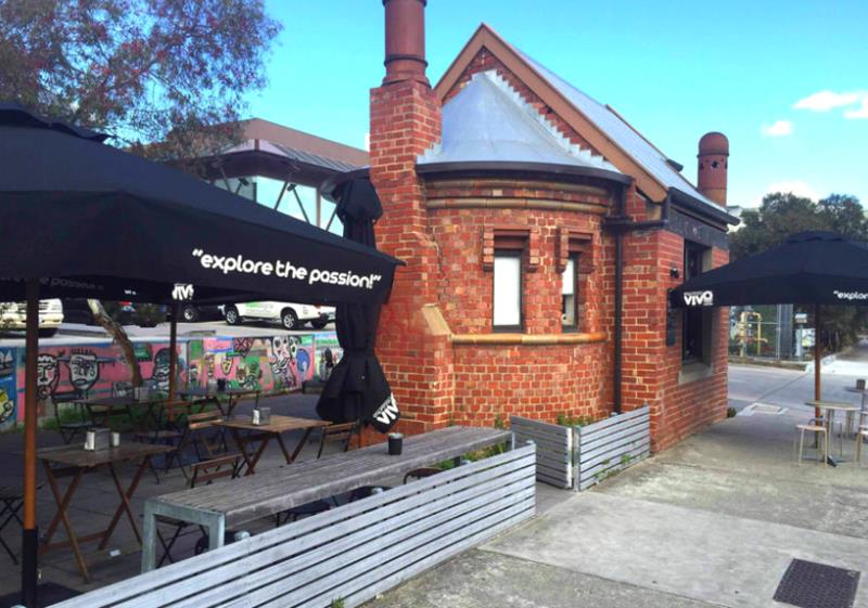 Little Beauty of a Kiosk Cafe in the Inner North Suburbs (Our Ref: V1241)