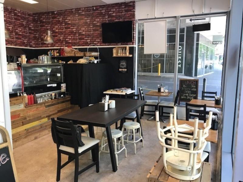 Fantastic Espresso Bar in the Heart of Docklands! (Our Ref V1155)