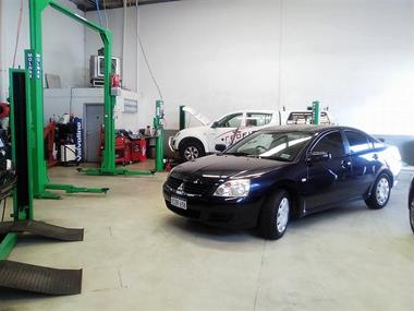 Auto Service Business with Established Workshop (5937)